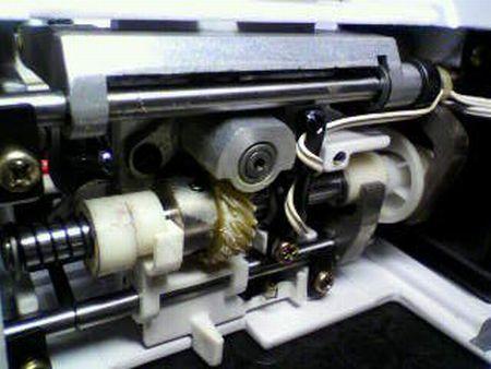 ブラザーミシン修理|Tendy ZZ3-B778|送り|下軸