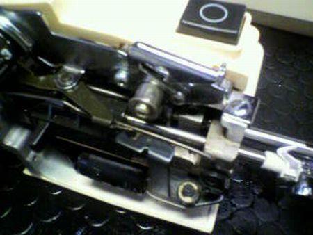 リッカーミシン修理|マイティ80|糸通し機