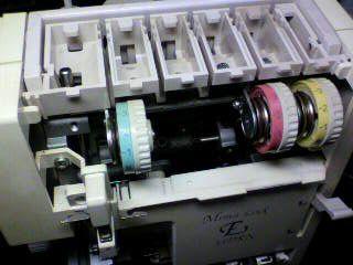 美馬精機ロックミシン修理|Mima lock E33DRN|針棒|糸調子ダイヤル