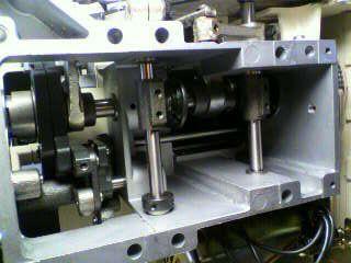 美馬精機ロックミシン修理|Mima lock E33DRN|分解|オーバーホール