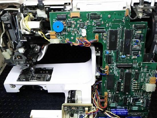JUKIミシンHZL-9800の修理