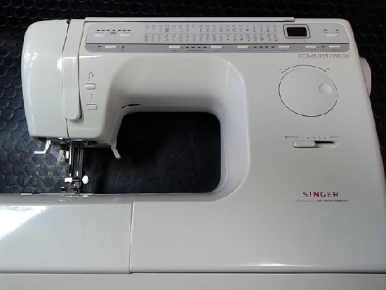 シンガーミシン7900DXの画像