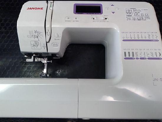 ジャノメJN-51のミシン画像