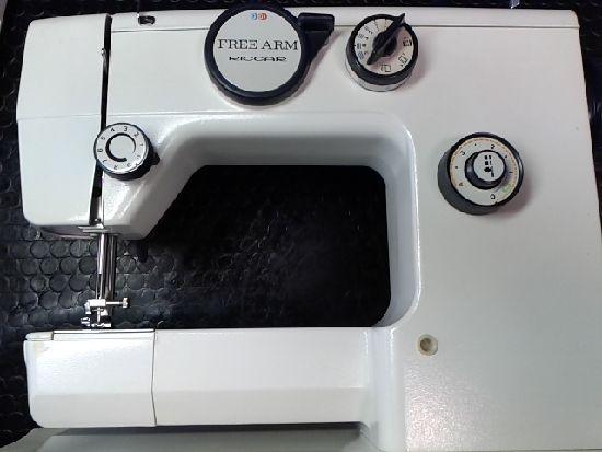 リッカーミシンRZ-2600の画像